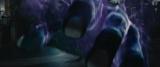 虚(ホロウ)と呼ばれる悪霊の腕を切り落とす姿が収められている (C)久保帯人/集英社(C)2018映画「BLEACH」製作委員会