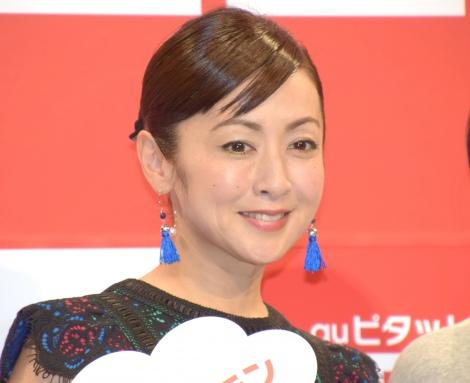 子育てについて語っていた斉藤由貴=『au発表会 2017 Summer 第2弾』 (C)ORICON NewS inc.