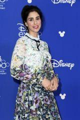 ディズニー・アニメーション映画『シュガー・ラッシュ 2(仮題)』(2018年11月21日全米公開)ヴェネロペの声優サラ・シルバーマン=『D23 Expo 2017』(C)Disney. All rights reserved.