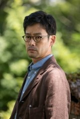 ドラマ『この声をきみに』でNHK初主演を務める竹野内豊 (C)NHK