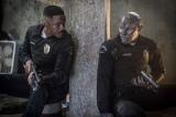 "Netflixオリジナル映画『ブライト』ウィル・スミス(左)演じる人間と、ジョエル・エドガートン(右)演じる""怪物オーク""の最強バディアクション大作。12月22日より世界同時配信"