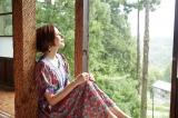 作品名/脱皮する家 作家名/鞍掛純一+日本大学芸術学部彫刻コース有志 Photo/RYUGO SAITO Styling/MAIKO Make/AIKO ONO(angle)