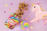 """「ギャレット ポップコーン ショップス」の写真映えする""""ゆめカワ""""な『Unicorn缶』"""