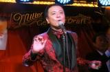 カバーアルバム『50(フィフティ)』リリース記念イベントに出席した中山秀征