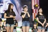 NMB48のコンサートでファンに謝罪する須藤凜々花(中央)(C)NMB48