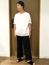 Style03 シルエット遊びの効いた白Tスタイル「コーナーウェア×シップス デイズ」のシャツ地Tシャツ1万1000円(税抜) (C)oricon ME inc.