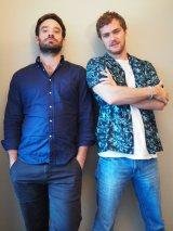 Netflixオリジナルドラマ『Marvel ザ・ディフェンダーズ』(配信中)。デアデビル役のチャーリー・コックス(左)とアイアン・フィスト役のフィン・ジョーンズ (C)ORICON NewS inc.