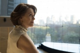 """Netflixオリジナルドラマ『Marvel ザ・ディフェンダーズ』(配信中)。ディフェンダーズの行く手に立ちふさがる最強のヴィラン""""アレクサンドラ""""を演じるシガニー・ウィーバー"""