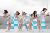 アップアップガールズ(2)のデビューシングル「Sun!×3/二の足Dancing」リリースイベントの模様