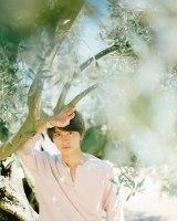 ファースト写真集『SETOGRAPH』を発売する瀬戸利樹