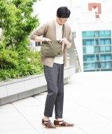 Style02 上品コーデに合わせたシャンブレー素材 「ロウアーケース×ポーター×エディフィス」のサコッシュ1万2000円(税抜) (C)oricon ME inc.