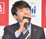 たけしのものまねする劇団ひとり=アサヒ飲料『WONDA新CM発表会』 (C)ORICON NewS inc.