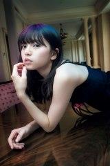 乃木坂46・齋藤飛鳥、覚醒した19歳の美 大人の魅力を新披露