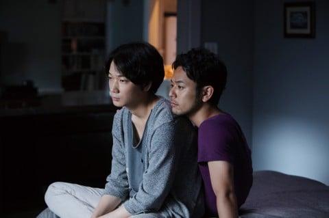 ゲイ役の妻夫木聡とノンケ役の綾野剛だが、深い関係にはまり込んでいく(C)2016「怒り」製作委員会