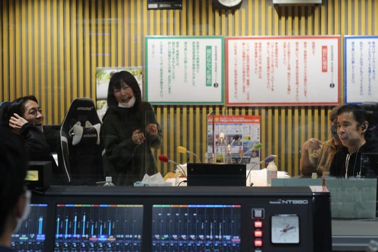 オールナイト 2020 岡村 aiko、「ナインティナイン岡村隆史のオールナイトニッポン」に出演し、放送終了後新曲「ホワイトピーチ」の弾き語り動画をtwitterにて公開!