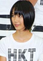 西武ドームでお披露目されたHKT48の田中菜津美(たなか なつみ・小5)