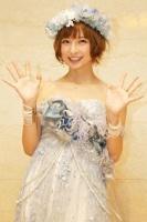 AKB48の篠田麻里子<br>卒業直前! 福岡ドーム公演の模様