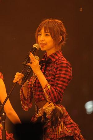 AKB48の篠田麻里子