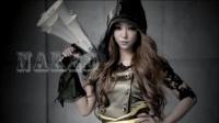 安室奈美恵のアルバム『Uncontrolled』収録曲「NAKED」