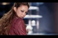 安室奈美恵のアルバム『Uncontrolled』収録曲「Break It」