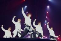 SHINee(左からオンユ、キー、テミン、ジョンヒョン、ミンホ)