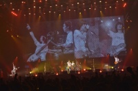 BUMP OF CHICKEN 全国ツアー『GOLD GLIDER TOUR』の模様