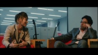 UVERworldの映画『THE SONG』でのTAKUYA∞(左)