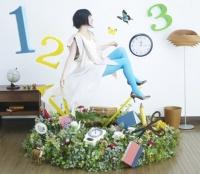 坂本真綾 「マジックナンバー」<br>(2009年11月11日発売)<br><br><b>⇒インタビューは