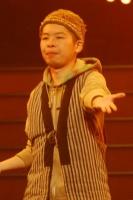 『第63回 NHK紅白歌合戦』リハーサルに参加した<br>FUNKY MONKEY BABYSのモン吉