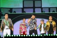 BIGBANG(左からV.I、T.O.P、G-DRAGON、D-LITE、SOL)