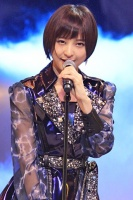 『AKB48 ユニット祭り2013』の模様<br>篠田麻里子