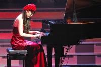 『AKB48 ユニット祭り2013』の模様<br>松井咲子