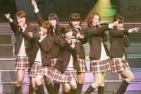 『AKB48 ユニット祭り2013』の模様<br>渡り廊下走り隊
