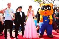第5回沖縄国際映画祭、オープニングセレモニーのレッドカーペットの様子☆<br>⇒