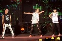 『GirlsAward 2013 SPRING/SUMMER』に出演した<br>MYNAME