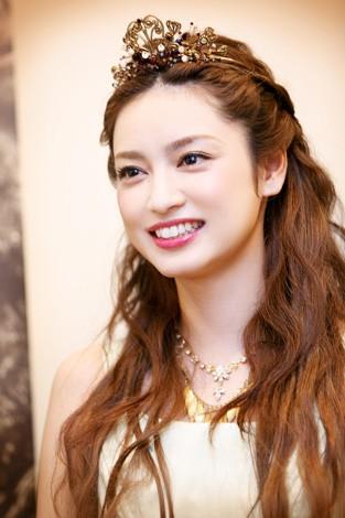 お姫さまのような平祐奈さん