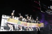 『ももいろクローバーZ 春の一大事 2013 西武ドーム大会』1日目の模様<br>