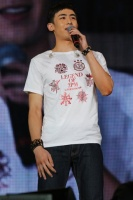 2PMのNICHKHUN(ニックン)