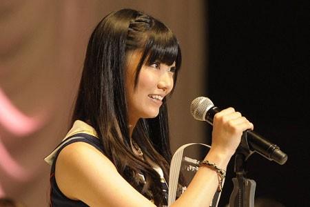 『第3回AKB48選抜総選挙』開票イベントの模様<br>21位 倉持明日香