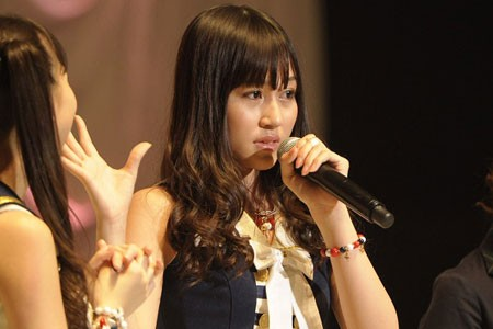 『第3回AKB48選抜総選挙』開票イベントの模様<br>32位 小森美果