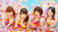 AKB48 「さよならクロール」MVカット<br>(左から)小嶋陽菜、柏木由紀、篠田麻里子、松井玲奈