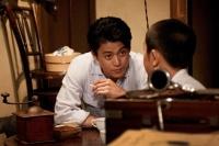 小栗旬 映画『少年H』インタビュー(C)2013「少年H」製作委員会<br>⇒
