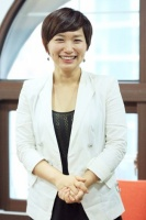 ヒット作を連発する新鋭演出家チャン・ユジョン<br>韓国ミュージカル特集『若者文化の発信地、韓国・テハンノで活況を呈する創作ミュージカル』⇒