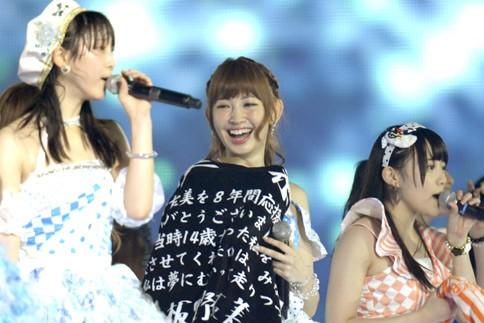 『AKB48 2013真夏のドームツアー』東京ドーム公演最終日の模様 板野友美の卒業セレモニー