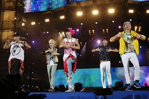 『a-nation 2013 stadium fes.』東京公演<br>2日目 SHINee