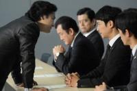 金融庁検査で黒崎(片岡愛之助)と対峙する半沢=『半沢直樹』第8話より(C)TBS<br>⇒