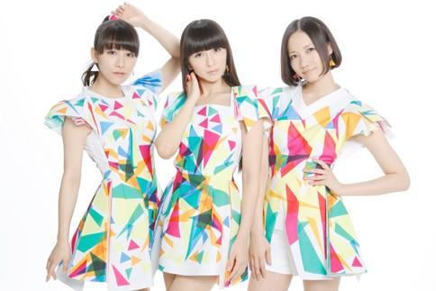 Perfume(左からあ〜ちゃん、かしゆか、のっち)