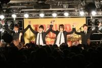CRUDE PLAYのタワレコライブ☆『カノ嘘』渋谷ジャックをフォトレポート!<br>⇒