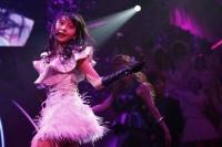 『第3回AKB48紅白対抗歌合戦』<br>【白組 4曲目】「Dear J」を歌う木崎ゆりあ (C)AKS