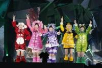 『ももいろクリスマス2013』を開催したももいろクローバーZ<br>(左から)百田夏菜子、佐々木彩夏、高城れに、玉井詩織、有安杏果